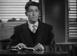 Незнакомцы в поезде (1951) BDRip от MediaClub {Android}